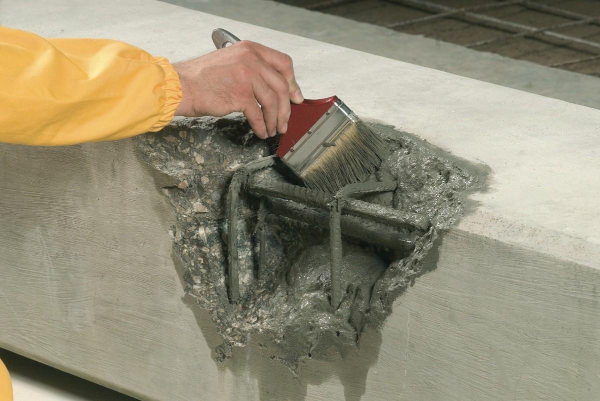 Подготовка поверхности перед нанесением ремонтной смеси